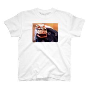 獅子舞の写真をプリントしたTシャツ